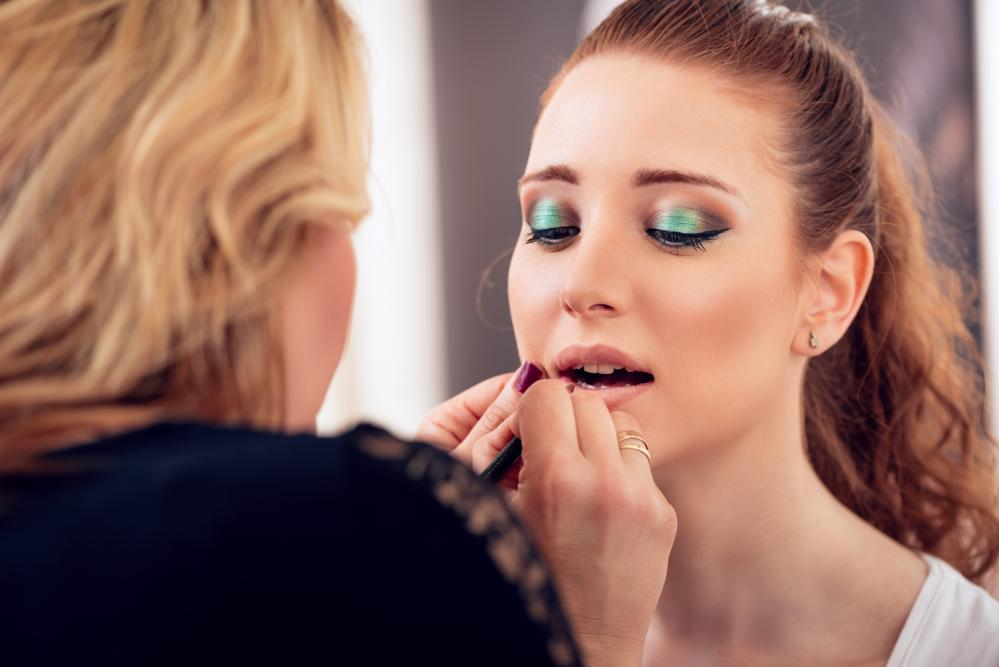 5 Reasons Why Being A Makeup Artist Is